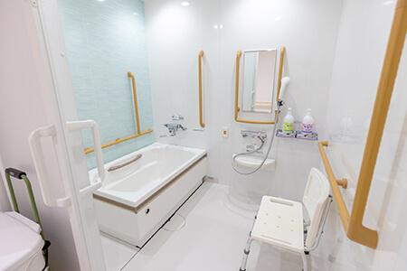 4人部屋浴室