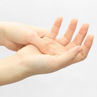 しびれや麻痺はどんな症状?